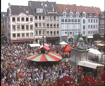 Rathausmarkt Düsseldorf 29.08.2008, ca. 13:45 Uhr