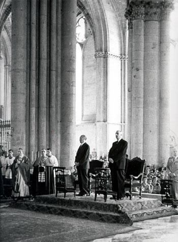 De Gaulle und Adenauer in Reims 1962