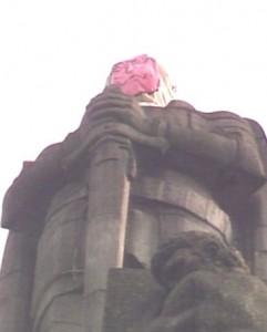 Bismarck mit Kohl Maske (c S. U. Bart bzw. NDR)